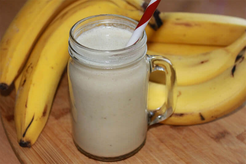 how to make a vanilla milkshake with a blender